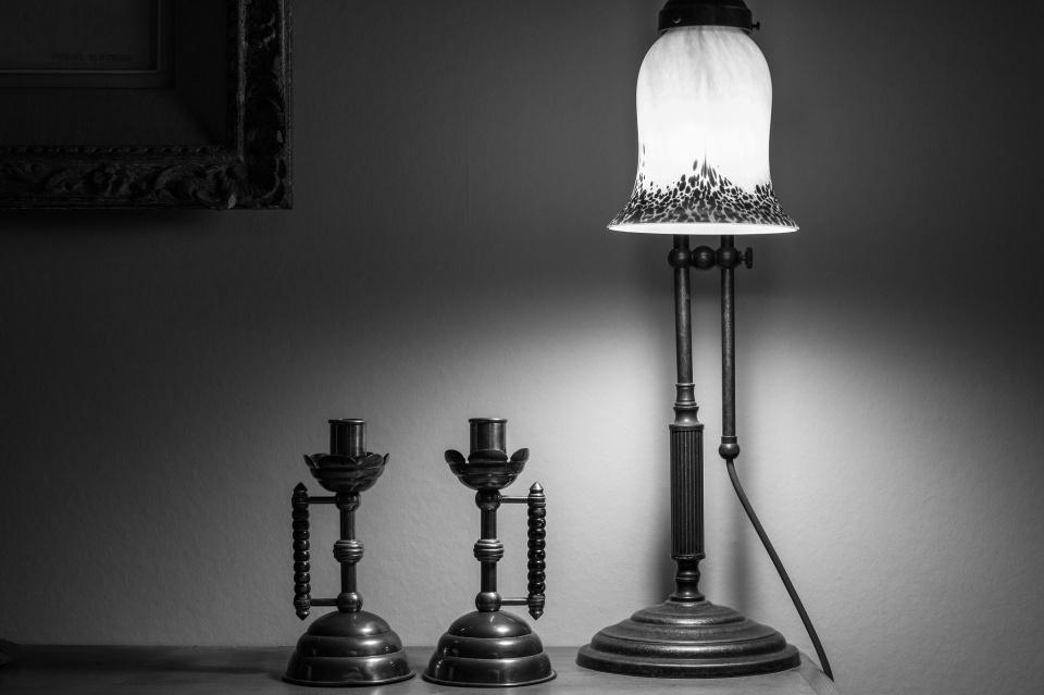 Mono Monday: Illuminate